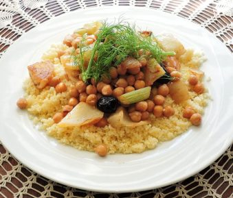 Couscous met kikkererwten, venkel en Marokkaanse kruiden